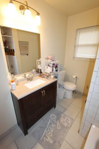 824 Sylvan upper bath