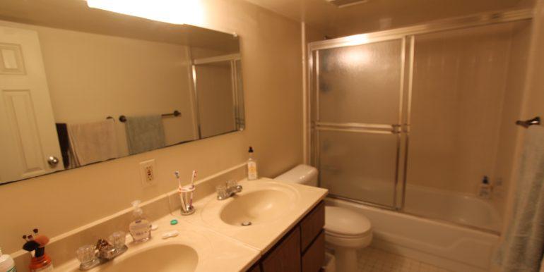 426-A bathroom