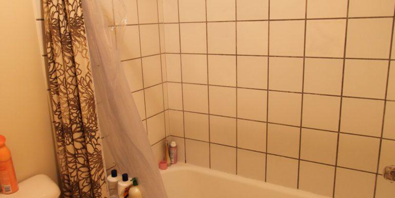 426-C bathroom
