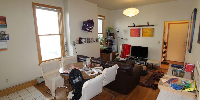 426-B living room