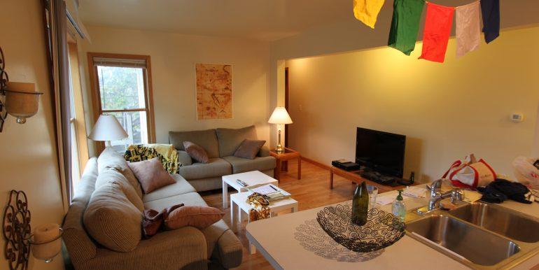 426-C living room