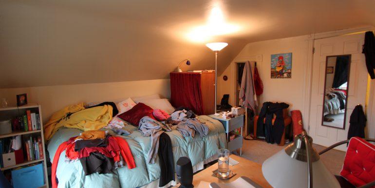 426-D bedroom