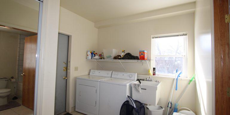1522 laundry