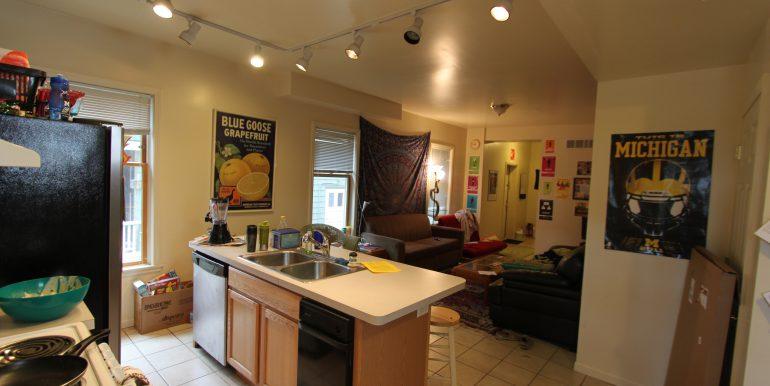 1012 kitchen