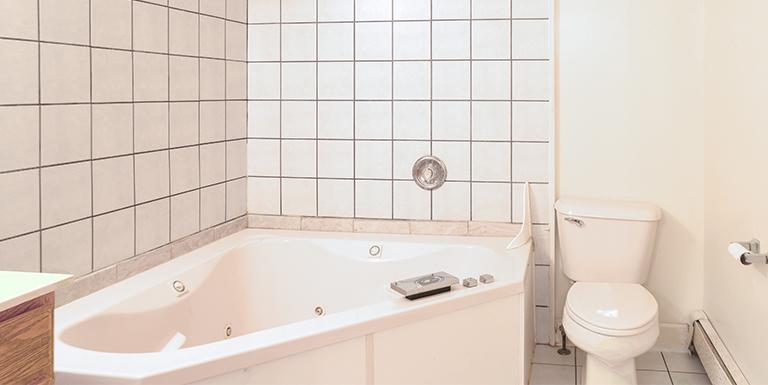 1601 bathroom