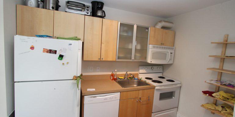 808-C kitchen