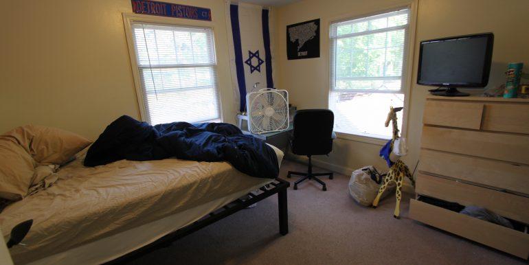 1027 bedroom