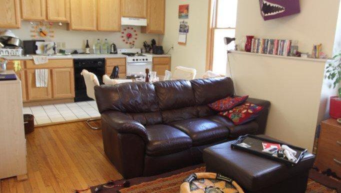 426-B Livingroom