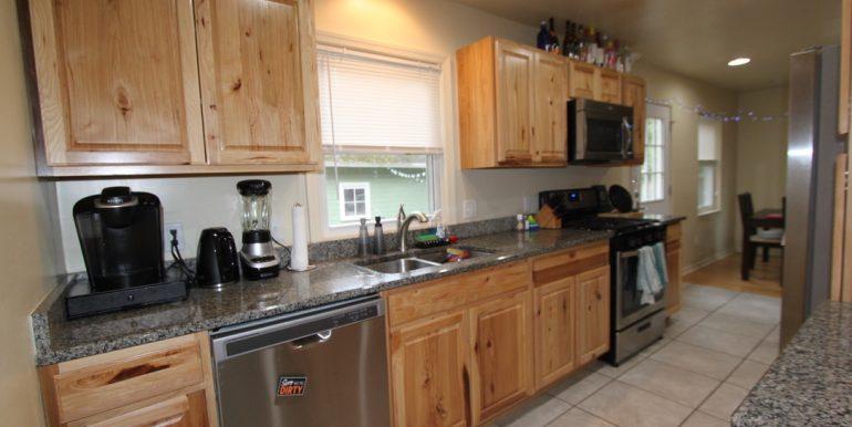 814 Sylvan Kitchen