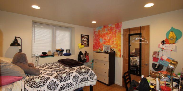 824 Sylvan bedroom 1