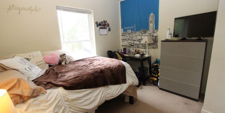 824 Sylvan bedroom 4